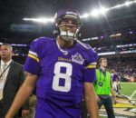 9552613-sam-bradford-nfl-green-bay-packers-minnesota-vikings-850x560